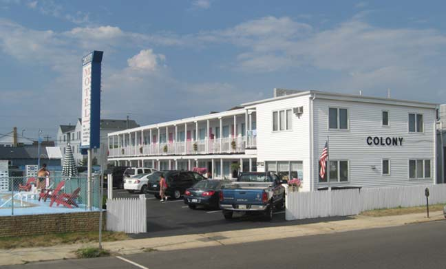 Colony Motel Pic